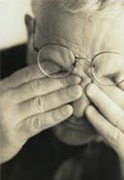 dealing_rubbin-eyes